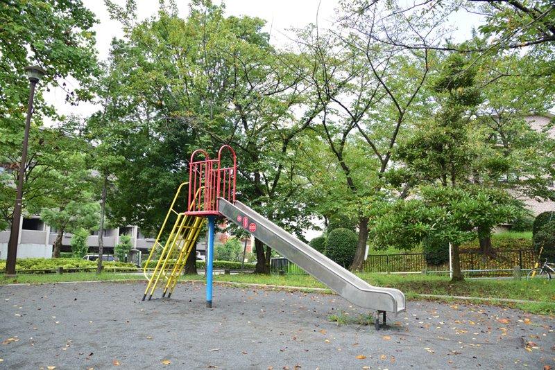 新石川日向公園